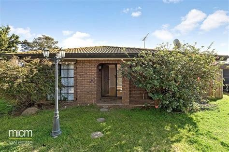 21 catamaran drive werribee south real estate for rent in werribee south vic 3030 allhomes