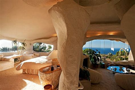 dick clark s flintstone house dick clark s malibu flintstones home my daily magazine