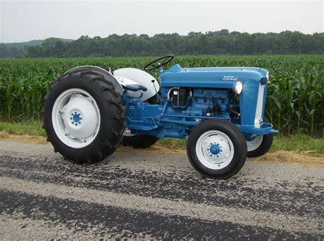 1955 ford 600 factory bright yello yesterday s tractors