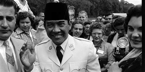 film merah putih kisah nyata kisah lucu ajudan soekarno kaget lihat bendera merah putih