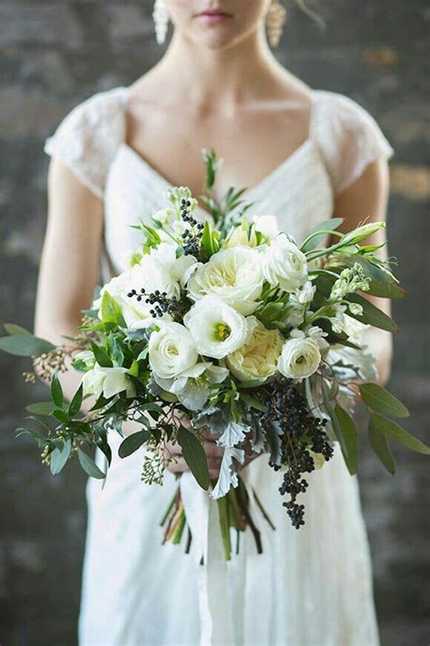 Wedding Bouquet Nyc by Pretty Types Of Flowers For Winter Wedding Bouquets By