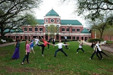 Mba Foundation Jackson Ms by 19 Best Schools For Business Associate S Degree