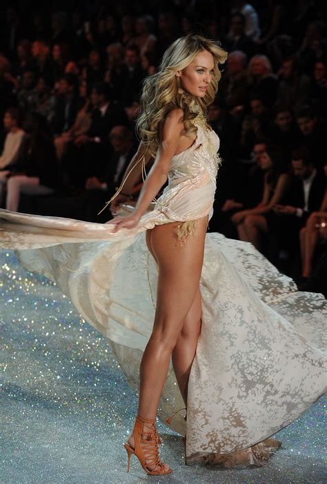 victoria secret models reddit vs runway models super high res booty shots no photoshop