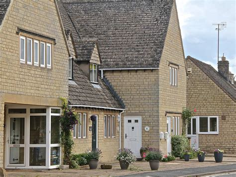 kate s cottage bourton on the water self catering