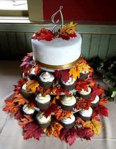 autumn themed bridal shower cakes 1000 ideas about fall wedding cupcakes on