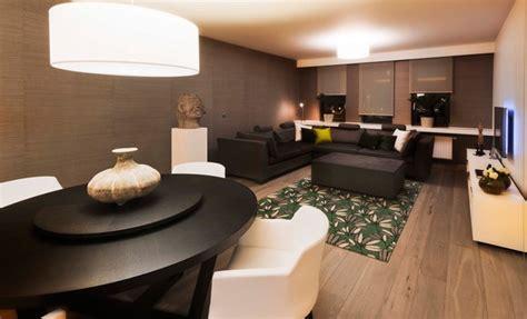 modernes wohnen stijlvol appartement met open keuken en moderne woonkamer