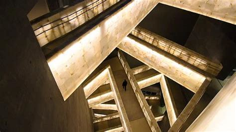 canadian museum  human rights architect