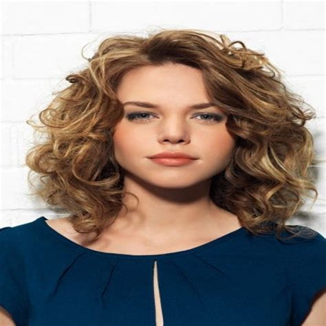 thin curly fat face styles shoulder length haircuts for wavy hair and round faces
