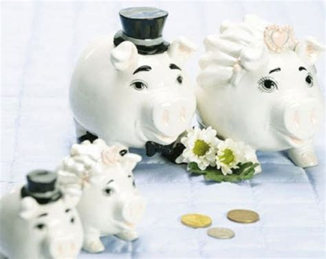 wedding money planning your wedding here are some money saving tips