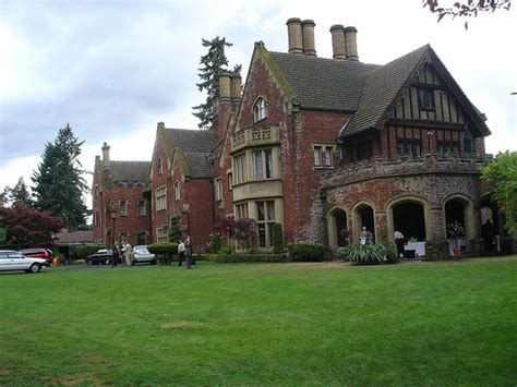 rose red house rose red mansion seattle washington winchester mystery house images pictures
