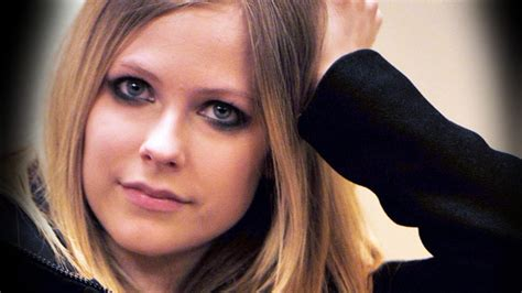 avril lavigne on her struggle with lyme disease