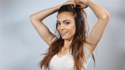 topa bagnata hairstyle gif find on giphy