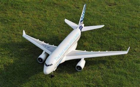 Rc Pesawat Airbus airbus 320 rc aeromodelling jakarta indonesia silver