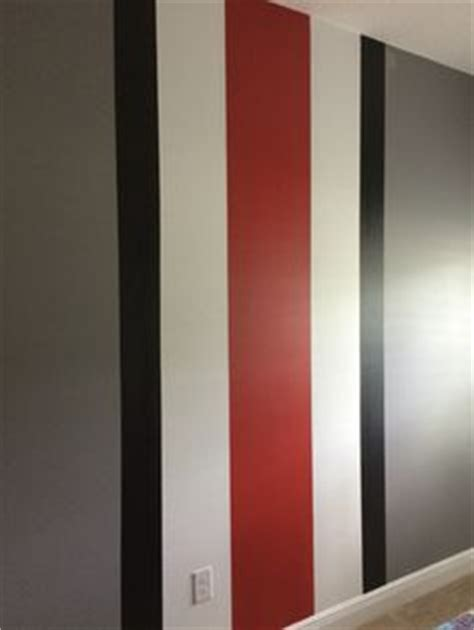 how to paint the ohio state buckeye helmet stripe ohio state d i y ohio state