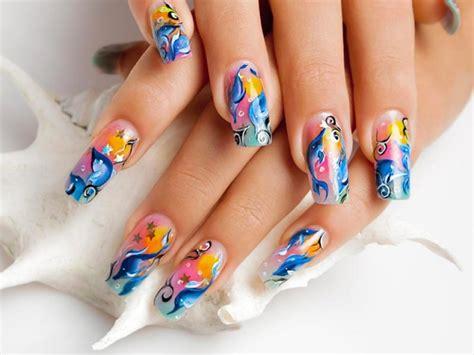 disegnare fiori sulle unghie unghie gel tendenze primavera estate 2017 70 foto