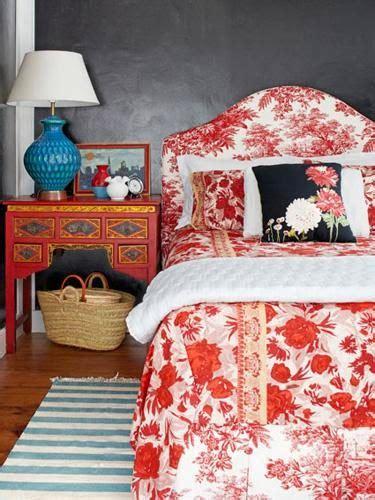 Tempat Perhiasan Warna Coklat Muda Motif Daun 1 inspirasi cemerlang untuk kamar tidur rumah idamanku