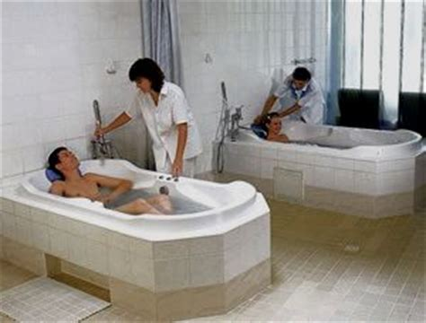 Whirlpool Shower Baths balneotherapy to treat the diseases effectively with