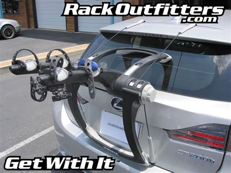 rack outfitters lexus ct 200h with thule 9001 raceway