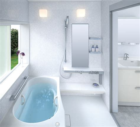 Bathtubs And Showers For Small Spaces by Small Bathroom Layouts By Toto Digsdigs