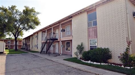 West Apartments Killeen Tx Chateau West Apartments Rentals Killeen Tx Apartments