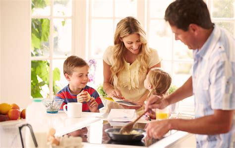 imagenes niños almorzando actividades con los ni 241 os br 243 coli pasi 243 n