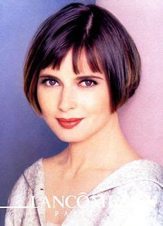 Hairstyles For Pear Shaped Face Over 45 | isabella rossellini s style her best fashion moments so