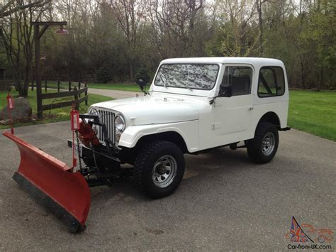 Jeep With Plow For Sale 1980 Jeep Cj 7 6cyl Fiberglass With 6 1 2 Ft Plow