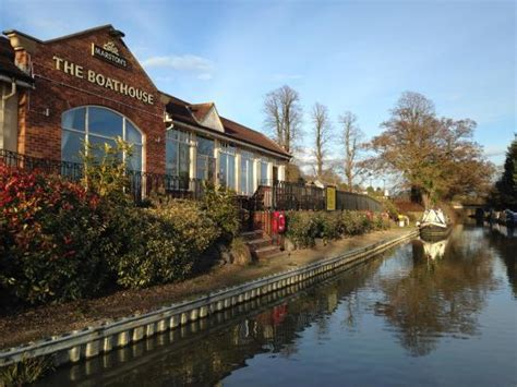 boat house daventry the boathouse as we travelled past in the narrowboat