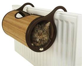 Enclosed Cat Bed by Bamboo Radiator Cat Bed