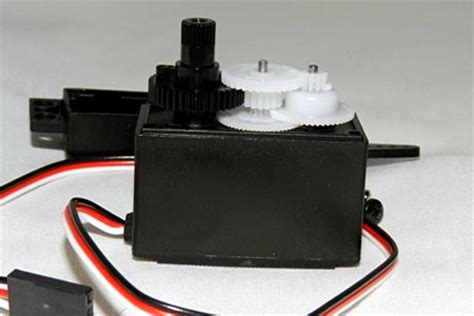 how to work servo motor introduction to servo motors