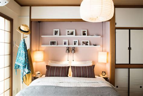 libreria king roma how to organize your bedroom when there s no room for a