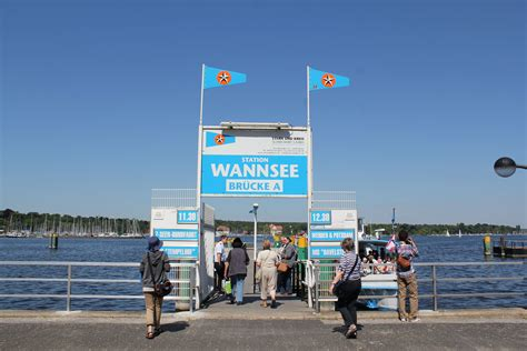 wann see file berlin wannsee station jpg wikimedia commons
