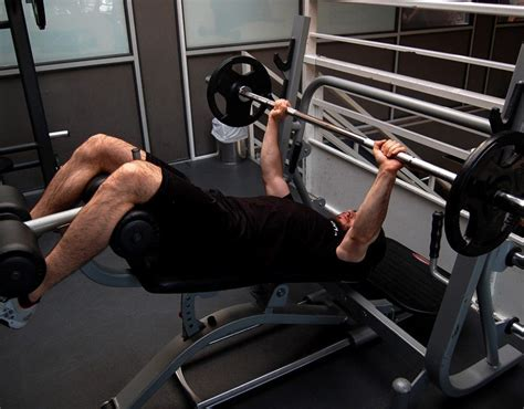 alternative to bench press decline bench press alternative 28 images decline