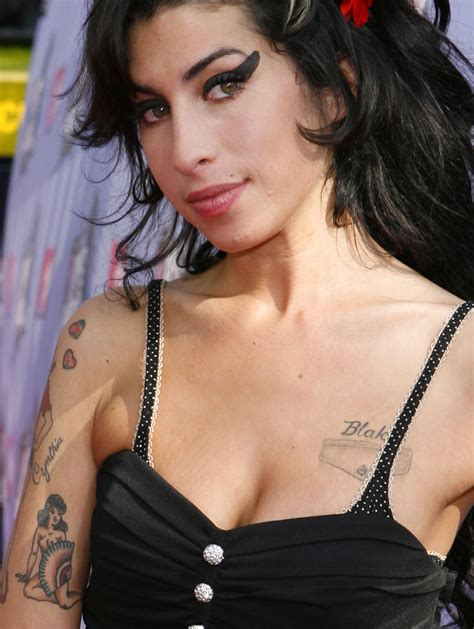amy wine house amy winehouse tattoos pictures images pics photos of her tattoos