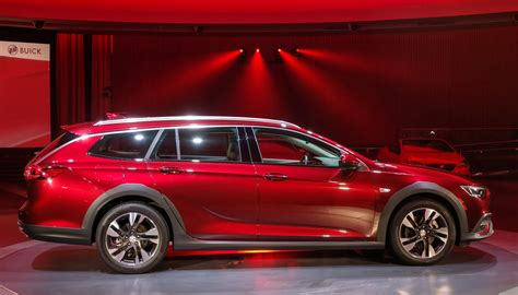 Buick Wagon 2020 by Report 2018 Buick Regal Tourx Wagon Starts From 29 995