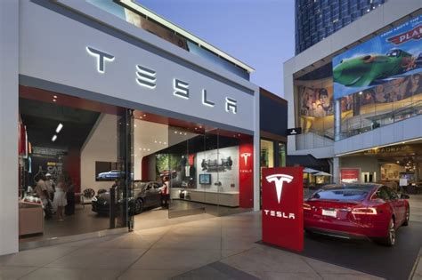 Tesla Ohio Dealers Ohio Car Dealers Sue To Block Tesla From Selling Cars In
