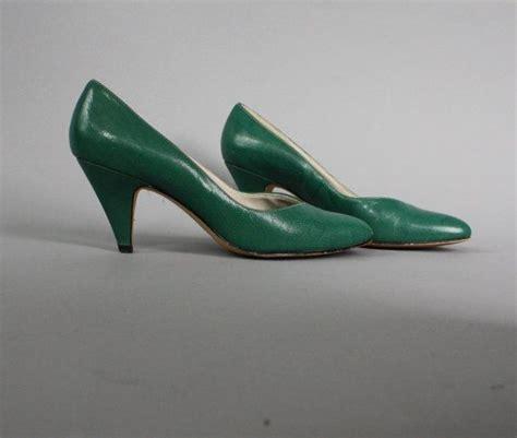 emerald high heels 1980s emerald green leather high heels