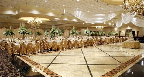 best questions ask your venue manager weddingelation
