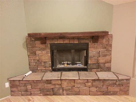Fireplace With Mantel by Create A Rustic Style On Your Fireplace With Cedar Mantels Homesfeed