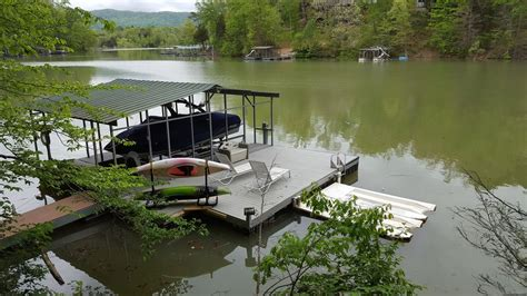 waterfront br private deck access houses for rent in 6 bedroom lakefront home in bigcreek features private dock