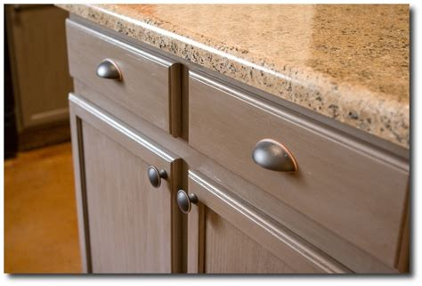 Rustoleum Cabinet Transformation Reviews by New Kitchen Cabinets For 200 From Cabinet Transformations