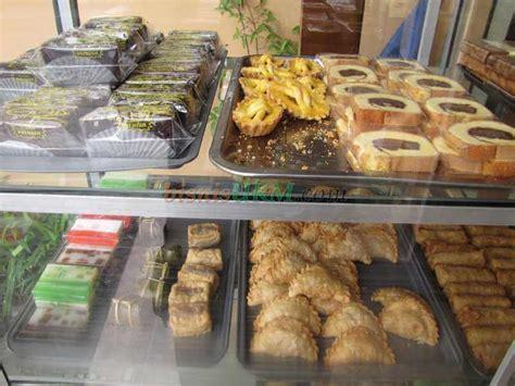 membuat usaha yang menjanjikan bisnis snack dan kue dari dapur sendiri