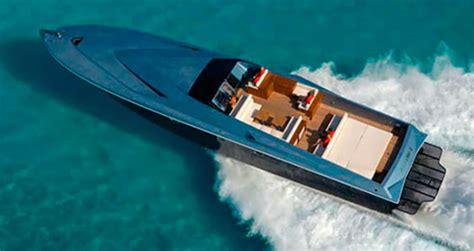 magnum  power motoryacht