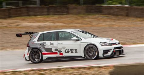 I Drove A Vw Golf Gti Race Car On A Soaking Track And Didn