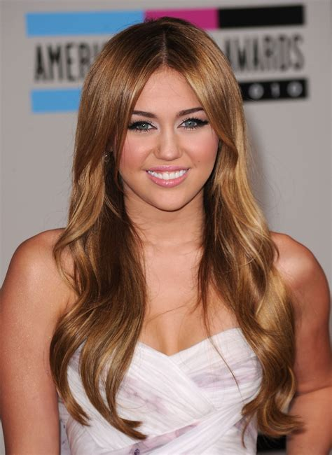 Miley Cyrus Hairstyles by Miley Cyrus Miley Cyrus Hairstyles