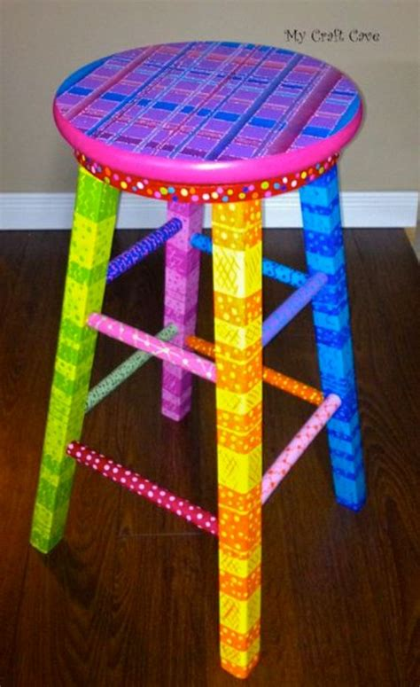 Diy Swivel Bar Stools by 31 Diy Barstools You Need To Make For Your Home