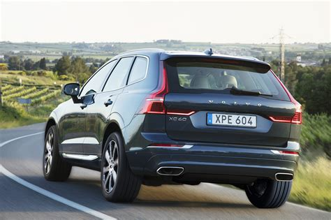 volvo seat availability 2018 volvo xc60 or 2017 volvo v60 cross country motor trend
