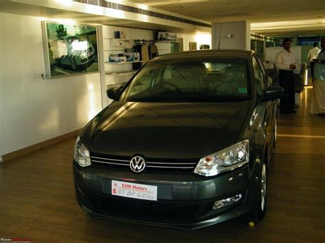 volkswagen vento colours vw introduces a new color option each for polo and vento