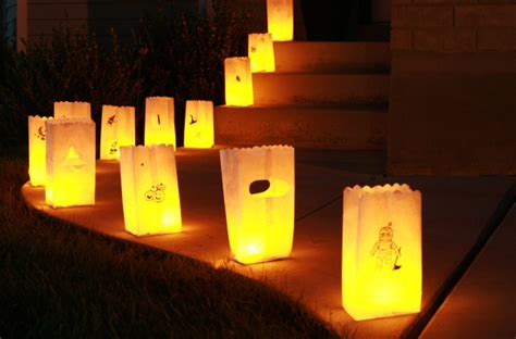 How To Make Paper Bag Luminaries - light up the make and takes