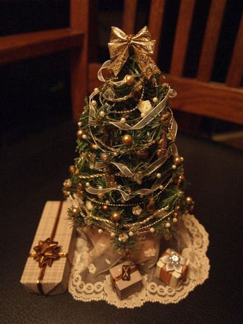 lighted dollhouse christmas tree